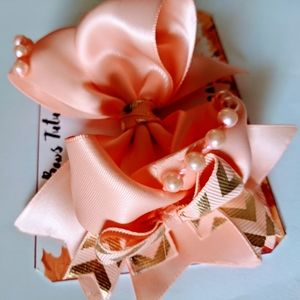 Melon pearls boutique hairbow